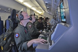 U.S._Navy_helps_search_for_Malaysia_Airlines_flight_MH370